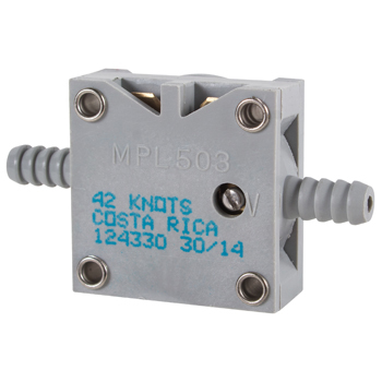 AIR PRESSURE SWITCH/Normally open, 42 knots, adjustable.